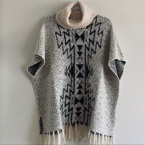BILLABONG TUNIC PONCHO SIZE SP.